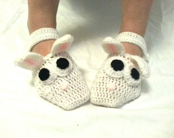 Crochet Slippers Socks House Shoes Women White Bunny Characters.