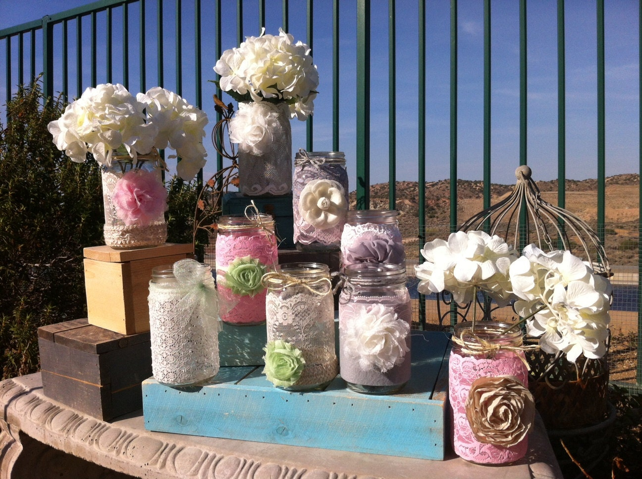 Shabby chic wedding decor 18 vintage lace by for Decoration table shabby chic