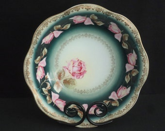Antique Early 1900s Zeh Scherzer Co.  Mignon Roses with Ornate Gold Filigree.  Beautiful Cabinet Bowl.