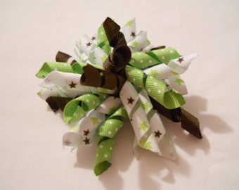 3 inch Green and Brown Stars Korker Bow