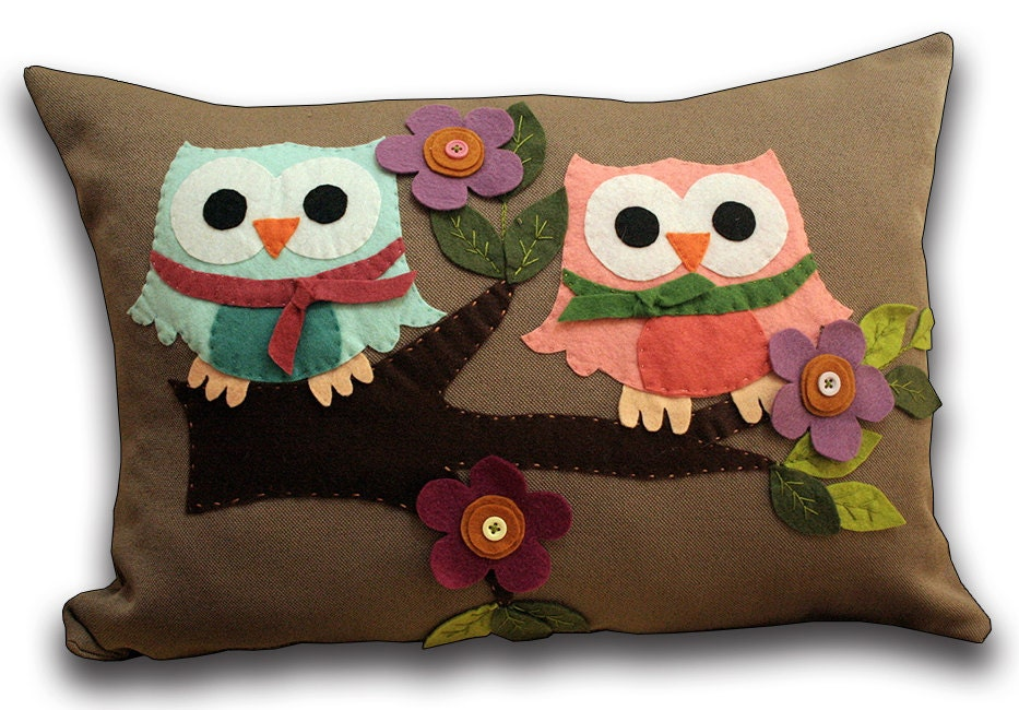 Owl Throw Pillow Etsy : Items similar to Owl Pillow Decorated With Felt-decorative pillows-pillow case decorative on Etsy