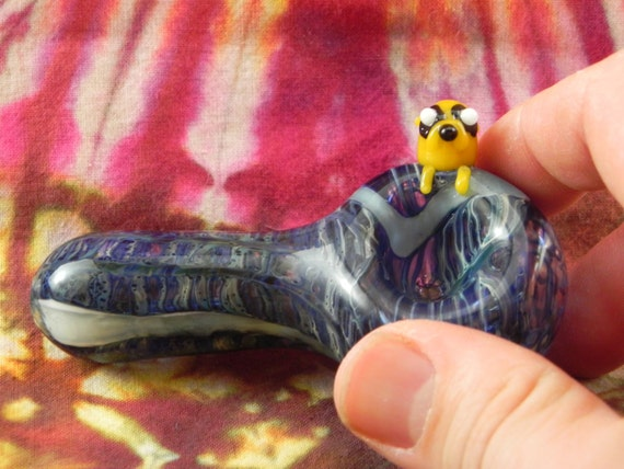 Exltra Large Wrap&Rake pipe with Blue Stardust Over GA White stripes and Yellow Dog