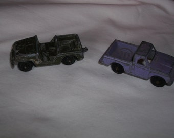 Tootsietoy Army Jeep and Purple Pickup