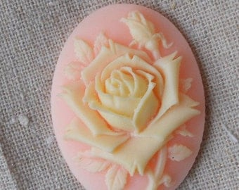 6 pcs of pink rose cameo 30x40mm -0400  cream on pink