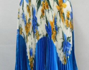 Spring Sunburst Pleated Skirt