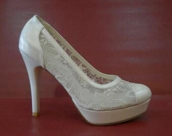 Handmade lace ivory  wedding shoe  #8619