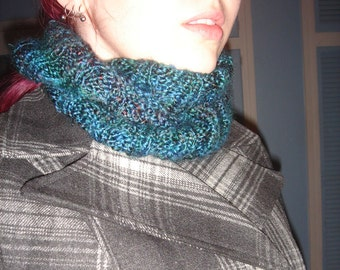 Hand-Knit Variegated Blue Ribbed Cowl