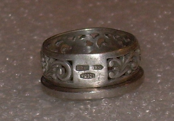 Old russian ring artisan hand crafted size 7 vintage sterling for Star hallmark on jewelry