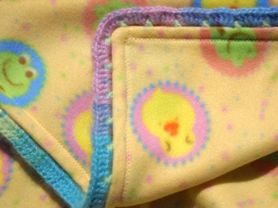 Canard couverture couverture en laine polaire jaune for Couverture jetable en laine polaire ikea