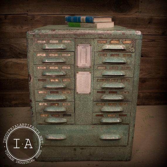 vintage industrial art deco steel parts cabinet organizer end. Black Bedroom Furniture Sets. Home Design Ideas