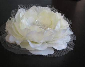 Ivory Bridal Flower Hair Clip Wedding Accessory Pearls Vail Lace