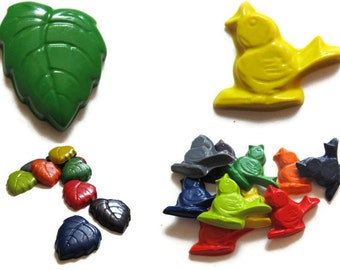 Leaf and Bird Crayons set of 40 - recycled crayons - party favors