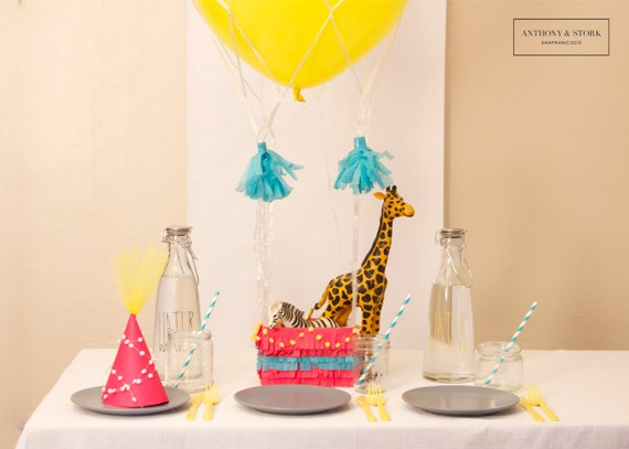 Hot air balloon nets and centerpieces animal circus theme in for Balloon nets for centerpieces