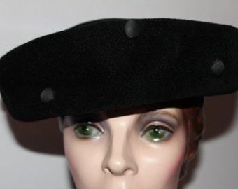 1940s Black Wool Velour Hat w Satin Button Detail
