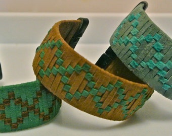 Suede Cuff Woven in a Continuous Open Diamond Pattern