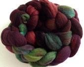 100% Rambouillet, hand dyed, exclusive color