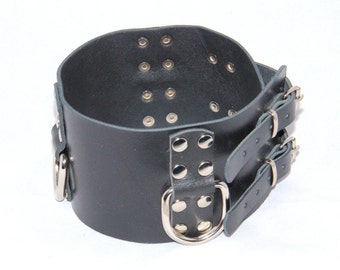 "Wide, about 3.15"" (8 cm) handmade black leather collar with three halfrings"