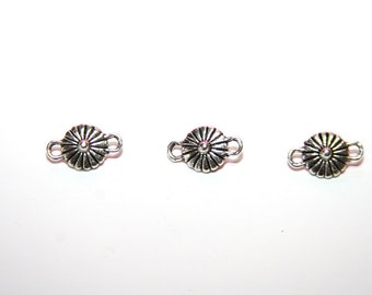"5 Pcs.  Jewelry connector / distributor / metal bead ""Flower""  color: silver A088"