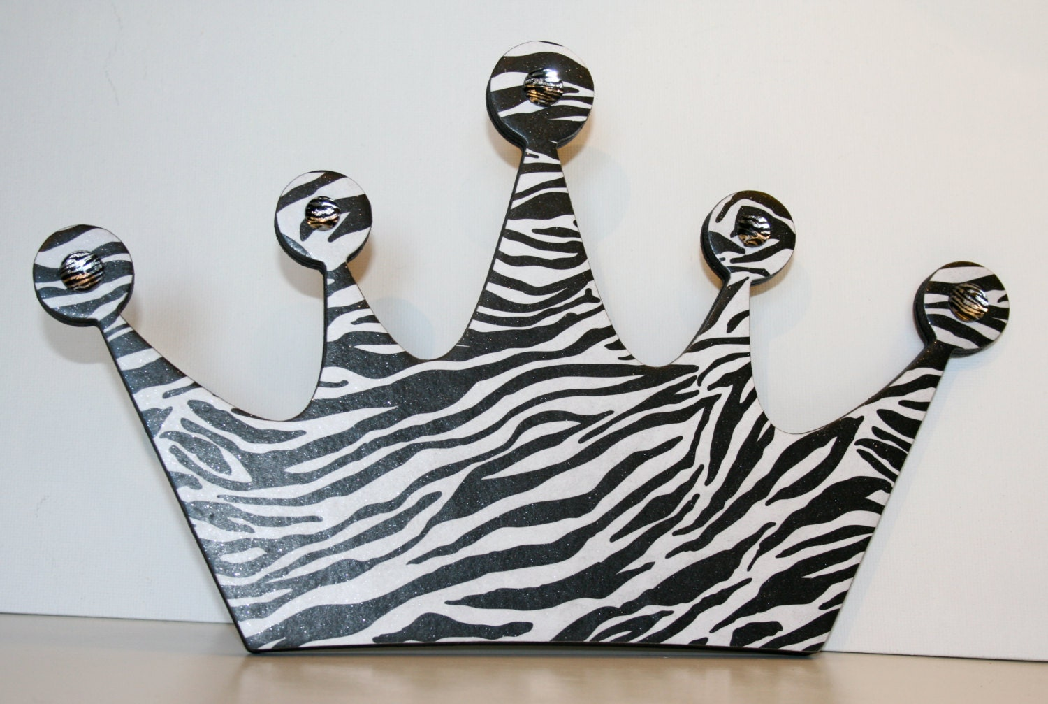 Princess crown wall decor zebra decor zebra princess crown for Decoration zebre