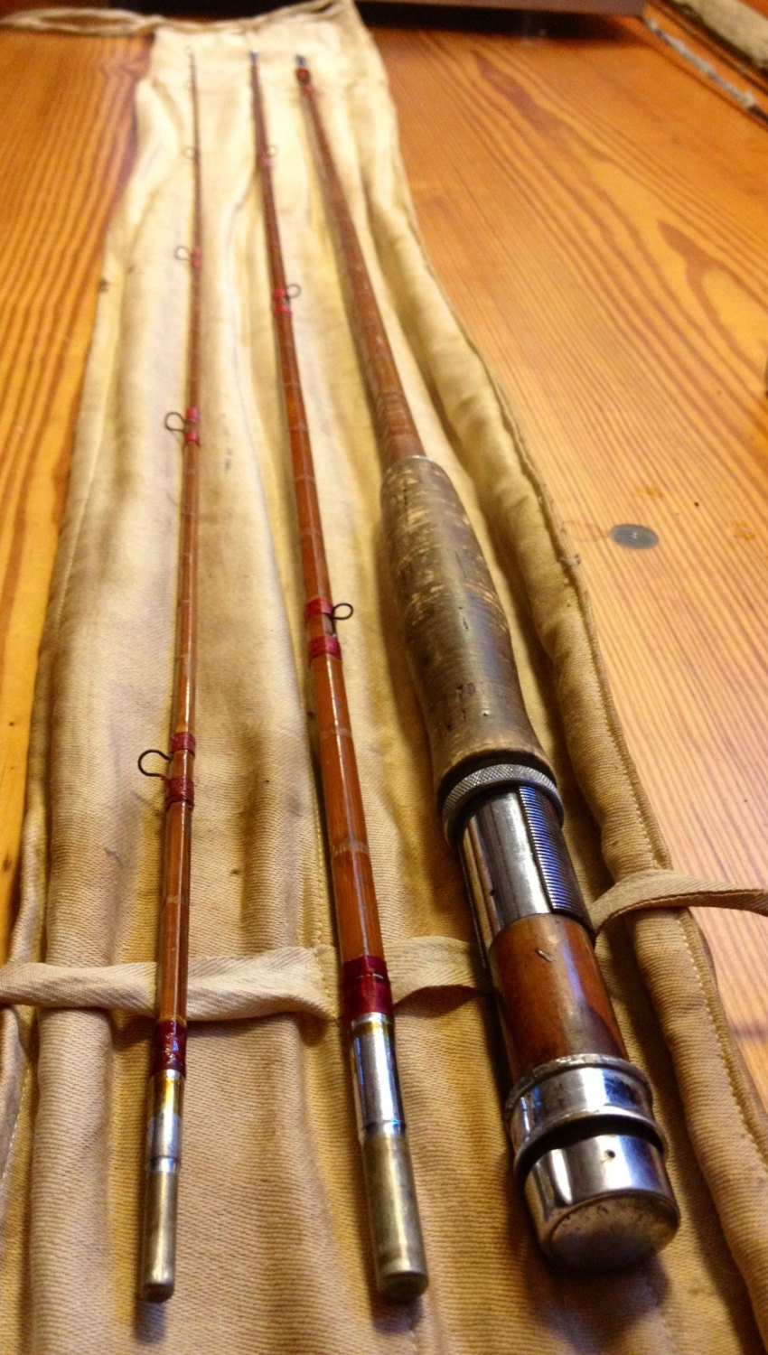 Antique split cane bamboo fly fishing rod for Old fishing rods