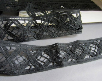 Black Criss-Cross / Lattice Cotton Trim - 40mm wide - cut to length - YARD