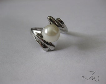 Freshwater Pearl Silver Plated Ring - 11932