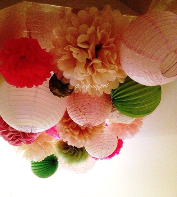 Paper Lanterns Wedding Decoration Ideas: WEDDING STYLE // 25 Tissue Paper Pom Poms/25 Paper Lanterns