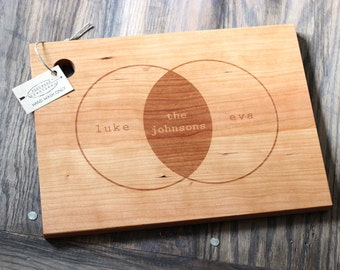 "13"" x 9.5"" Custom Engraved Wood Cutting Board - Venn Diagram Design"