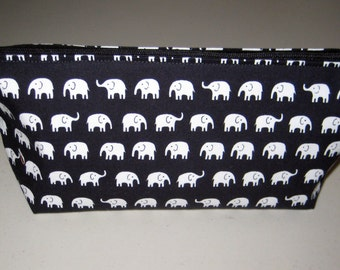 Black Elephant Zipper Cosmetic Bag Clutch Purse