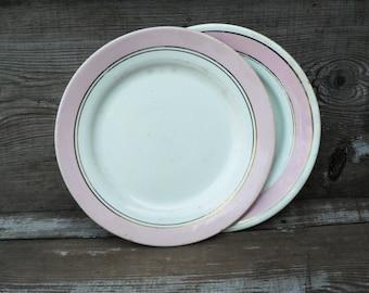 Set of two Vintage porcelain plates. Made in USSR.
