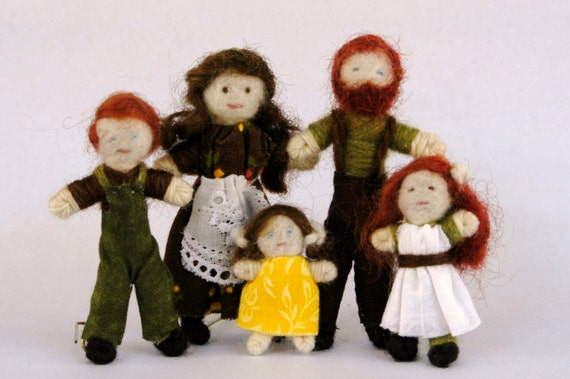 Dollhouse Doll Family half inch scale, 3 inch tall waldorf style miniature people, red heads