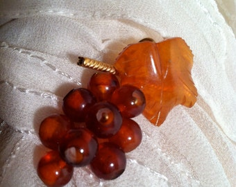 Vintage 1940's Baltic AMBER GRAPE Leaf PIN