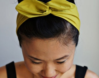 Gift Wrapped Chartreuse Dolly Bow Headband/Inner Wired Headwrap/Turband