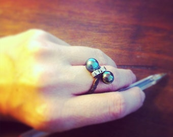tahitian pearls, leather, sterling silver, Women ring tahitian pearls
