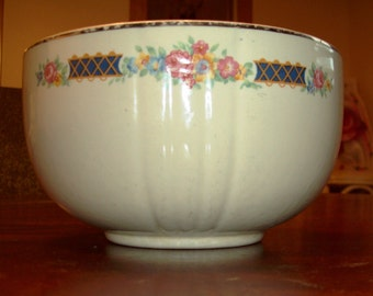 Hall's Serving Bowl