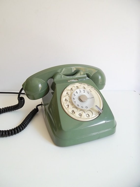 vintage rotary phone green dial phone retro phone italian. Black Bedroom Furniture Sets. Home Design Ideas