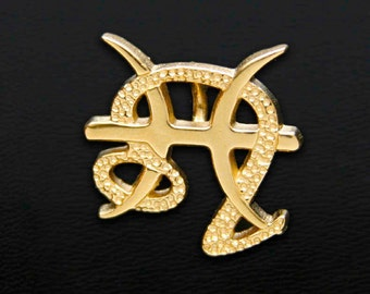 50 Leo and Pisces Gold Unity Pendant