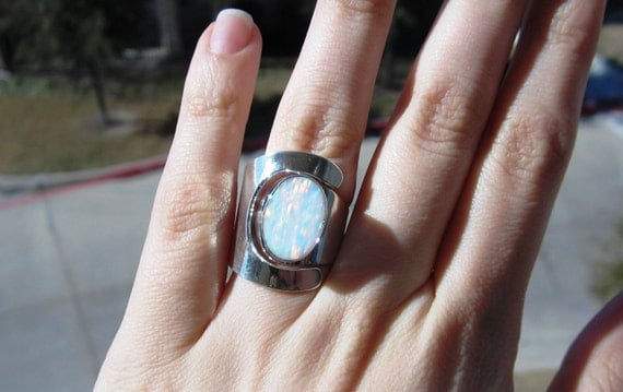 White Fire Opal Ring Sterling Silver .925 Size 7 size 8 size 9 Elegant Design Taxco Mexico