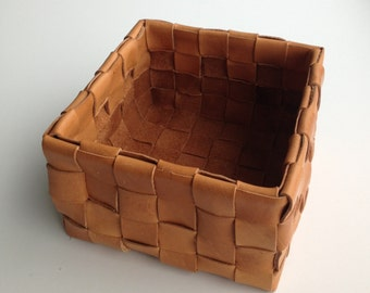 NEVERFULL Woven Leather Basket