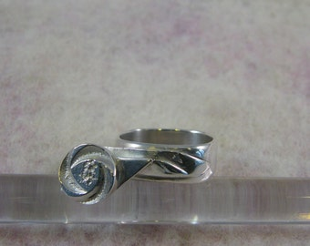 silver ring japanese style, origami flower stem