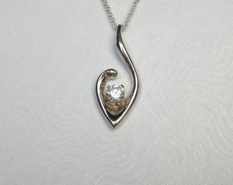 Sterling Silver Pendant with 6mm CZ P8