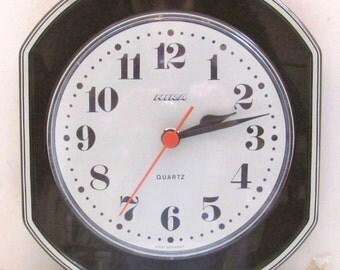 1970s Hira Vintage Clock