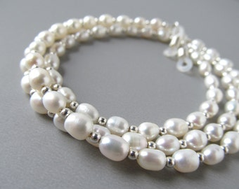 Luxury Pearl Eyeglass Chain - Rice Pearls - Mothers Day - Pearl Glasses Chain - Eyeglass Leash - Reading Glasses Chain - Eyeglass Necklace