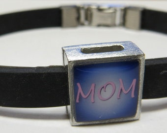 Mom Family Link With Choice Of Colored Band Charm Bracelet