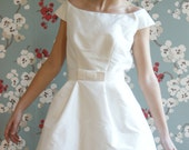 Jacqueline : short vintage style dress, silk shantung and belt - GeraldineLeblanc