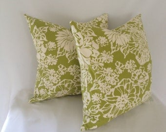Set of 2: Biko Leaf Green and White Cotton Pillow Cover