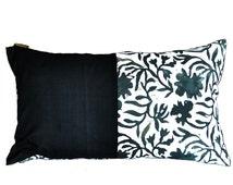 BATIK cushion cover Gardenia motif 50 x 30 dark navy, hand stamped, pillow case, pillows, floral design, handmade