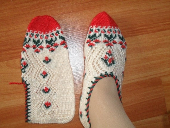 Knitting Pattern For Turkish Slippers : Traditional Hand Knit Turkish Socks Slippers for adults