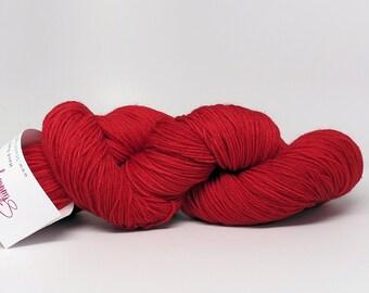 Stunning Superwash Fingering Weight - 100% Superwash Merino - Lipstick Red 100 g - 475 yds