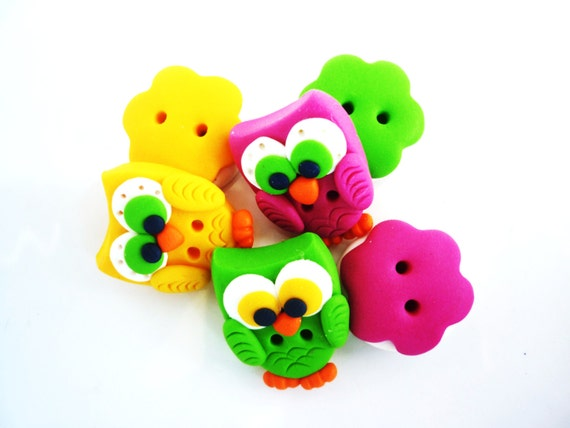 Cute Owl And Round Flower Shaped Buttons Handmade With